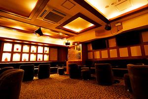 ラグシス(新宿区 歌舞伎町のホストクラブ)